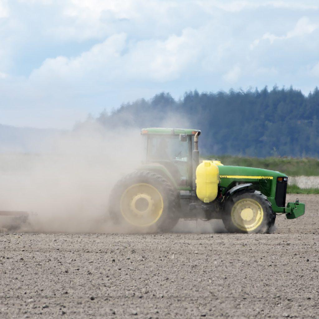 farming-climate-change-3449647_1920